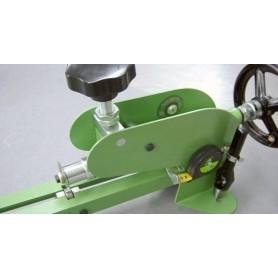 Maquina corta-juntas